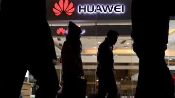 """САЩ обвиниха китайския технологичен гигант """"Хуауей"""" в измама и кражба"""