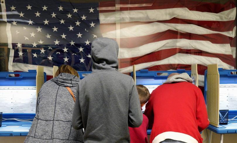 Часове до официалното гласуване на междинните избори за Конгрес в САЩ