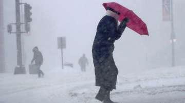 Снежната буря парализира Източна Канада