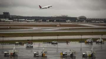 Близо 7700 полети в САЩ бяха отменени заради лошото време