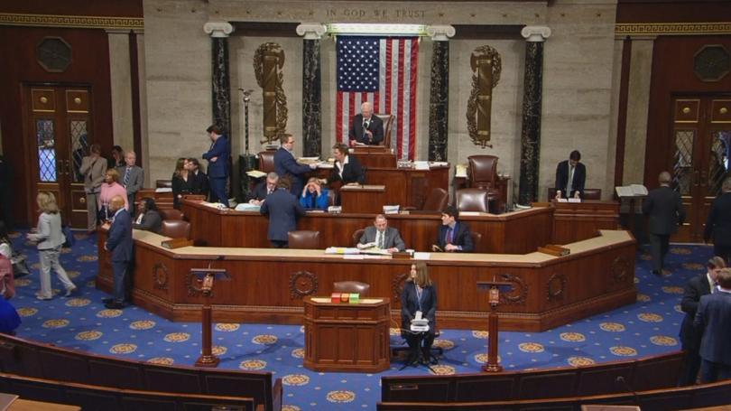 Камарата на представителите в американския Конгрес гласува с убедително мнозинство