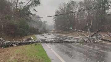 Десетки жертви взе лошото време в южните щати на САЩ