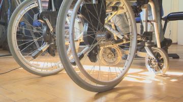 НЗОК ще плаща медицинските изделия и помощните средства за хората с увреждания