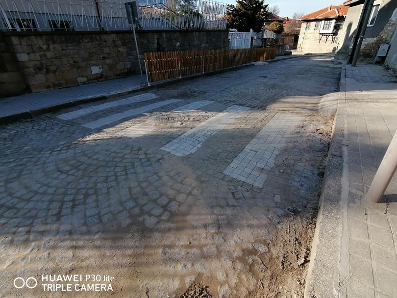 снимка 4 Иновативна пешеходна пътека в Свищов