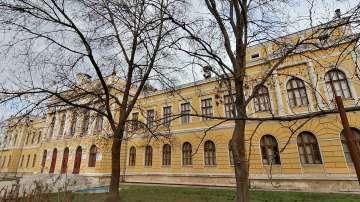 Търговската гимназия в Свищов