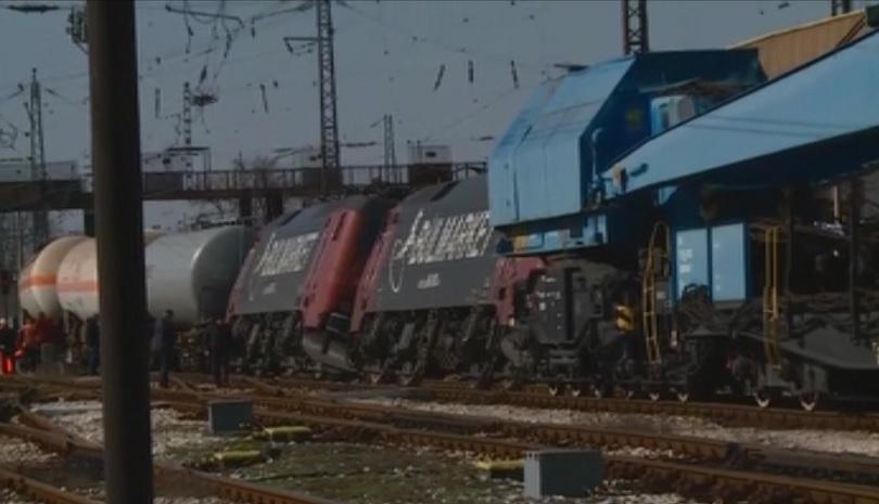 Снимка: Ниска скорост е предотвратила обръщането на вагоните с газ край гара Пловдив