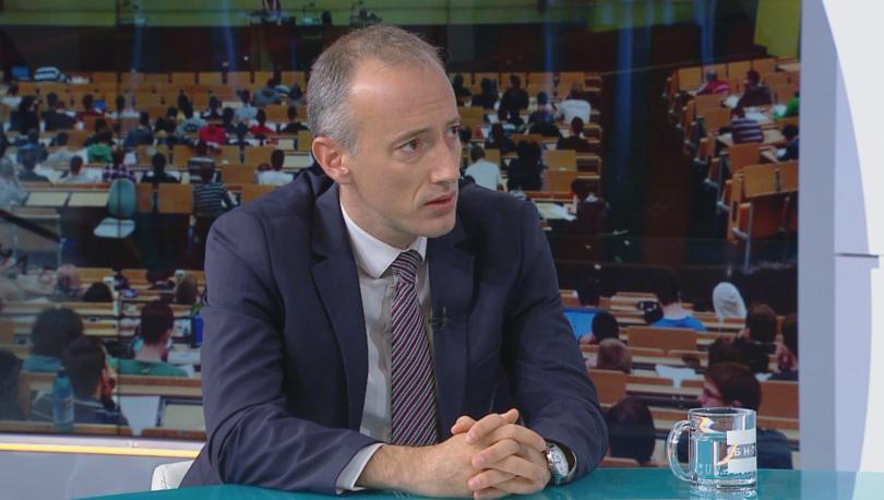 Снимка: Красимир Вълчев: Учителските заплати ще бъдат увеличени двойно до 2021 г.