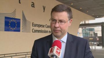 Еврокомисарят Валдис Домбровскис със специално интервю за Денят започва