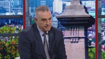 Валентин Касабов: Огромна манипулация принуди Валери Симеонов да подаде оставка