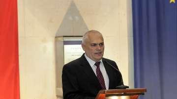 Изслушаха министър Радев за отвличането на 25-годишния Адриан