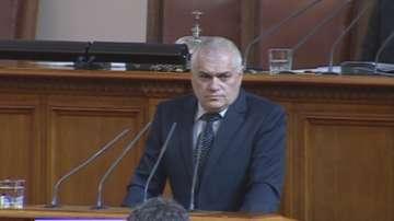 Двама министри бяха извикани в парламента заради случая с избягалите затворници