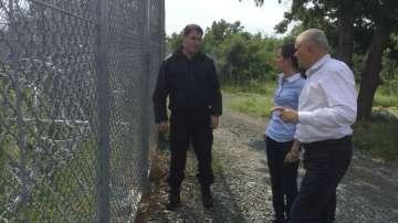 Валентин Радев: Няма корупционна схема при строежа на оградата по границата