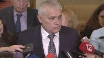 Радев: Готови сме да въведем драстични мерки срещу футболното хулиганство