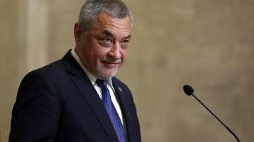 Валери Симеонов няма да подава оставка