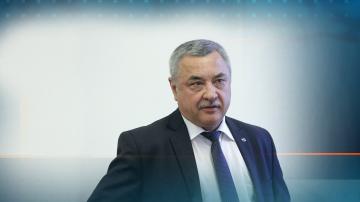 Валери Симеонов отхвърли твърденията, че е отговорен за злоупотребите в ДАБЧ