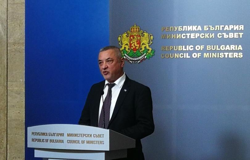 Ден на реакции и коментари след като вчера вицепремиерът Валери