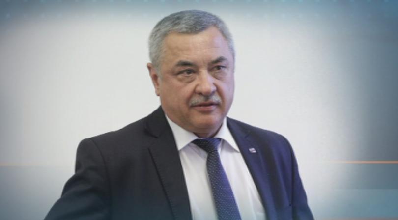 За незабавна оставка на Валери Симеонов настояха от
