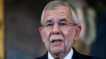 Президентът на Австрия ще назначи днес новите министри в кабинета на Курц