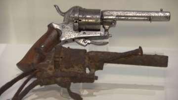 В Амстердам изложиха за пръв път пистолетът, с който се е самоубил Ван Гог