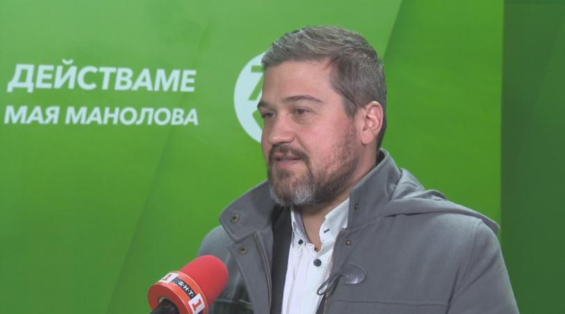 Никола Вапцаров, председател на Инициативния комитет, издигнал Мая Манолова смята,