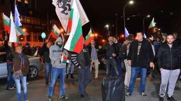 Трети ден жители на Варна излязоха на протест срещу високите цени на горивата