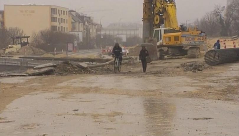 Снимка: Ремонтите във Варна затрудняват движението