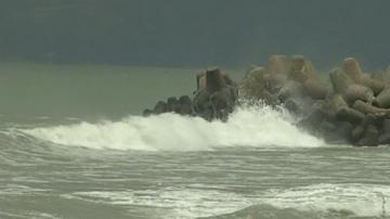 22-годишна сърфистка едва не загина по време на силната буря във Варна