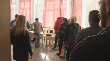 Избирателната активност във Варна до момента е 4,7%