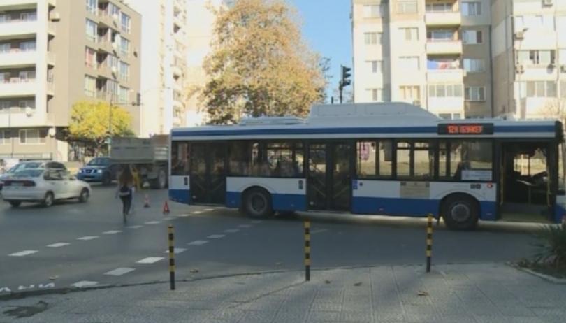 Мобилно приложение дава информация за движението на градските автобуси във