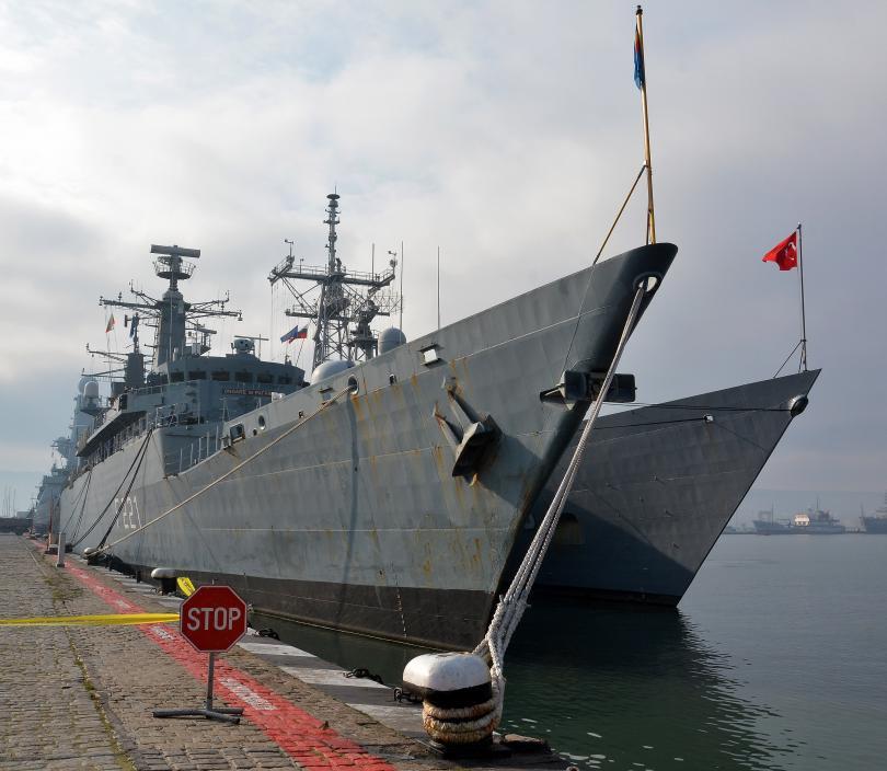 снимка 4 Група патрулни кораби на НАТО акостира във Варна (СНИМКИ)