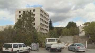 Крадци разграбват бивше военно поделение във Варна