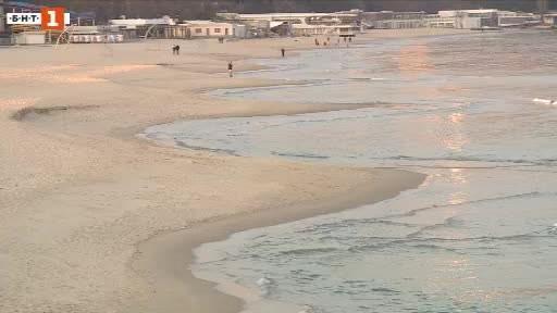 Пясъчни фестони се появиха на варненския плаж. Учените наричат така