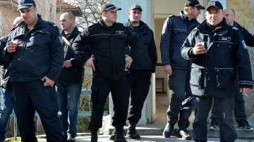Недоволство в затворите: Надзиратели от цялата страна излязоха на протест