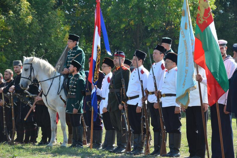 С демонстрации и възстановки Варна отбеляза Деня на Независимостта и