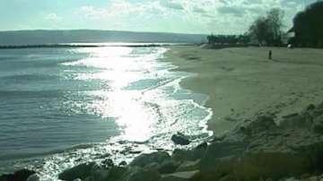 Водата на Офицерски плаж във Варна е с повишени показатели на вредни вещества