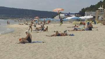 Спасители и медицински екипи ще има по плажовете във Варна до края на септември