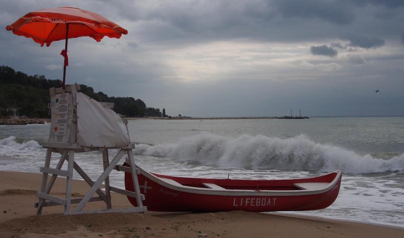 Снимка: БАБХ започна масирани проверки по Черноморието