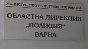 Задържаха фалшификатори на медицински документи във Варна