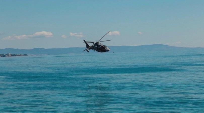 """Вертолет """"Пантер"""" падна в Черно море по време на учение, трима са пострадали"""
