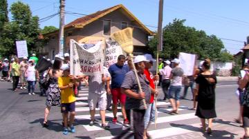 Жители на Септември отново на протест