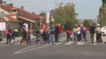 Пети протест на жителите на село Варвара срещу общинската власт в Септември