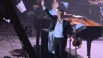 12 000 души аплодираха Васко Василев в Арена Армеец