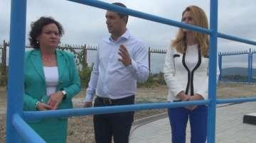 Министър Ивелина Василева инспектира пречиствателната станция на курорта Лозенец
