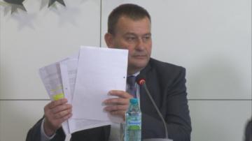Кметът на Сливница Васко Стоилков осъди Корнелия Нинова за клевета