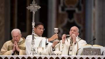 Папа Франциск отслужи литургия за Велики четвъртък