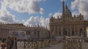 Ватиканът лиши от духовен сан бившия архиепископ на Вашингтон