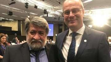 Вежди Рашидов проведе работна среща с комисаря по образование, култура и спорт