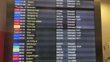 Дронове затвориха второто най-натоварено летище във Великобритания