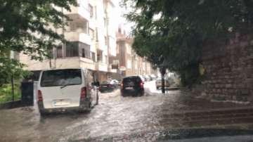 Порой заля Велико Търново и региона, няколко села са без ток