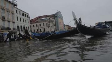 Обстановката във Венеция се нормализира